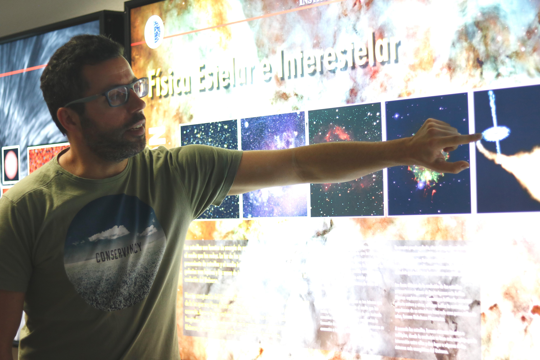 """JONAY ISAÍ GONZÁLEZ: «El gran reto es estudiar la atmósfera de exoplanetas y detectar zonas de habitabilidad» Jonay Isaí González: """"El gran reto es estudiar la atmósfera de exoplanetas y detectar zonas de habitabilidad"""""""